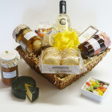 cheese and chutney hamper pecks farm shop leighton buzzard